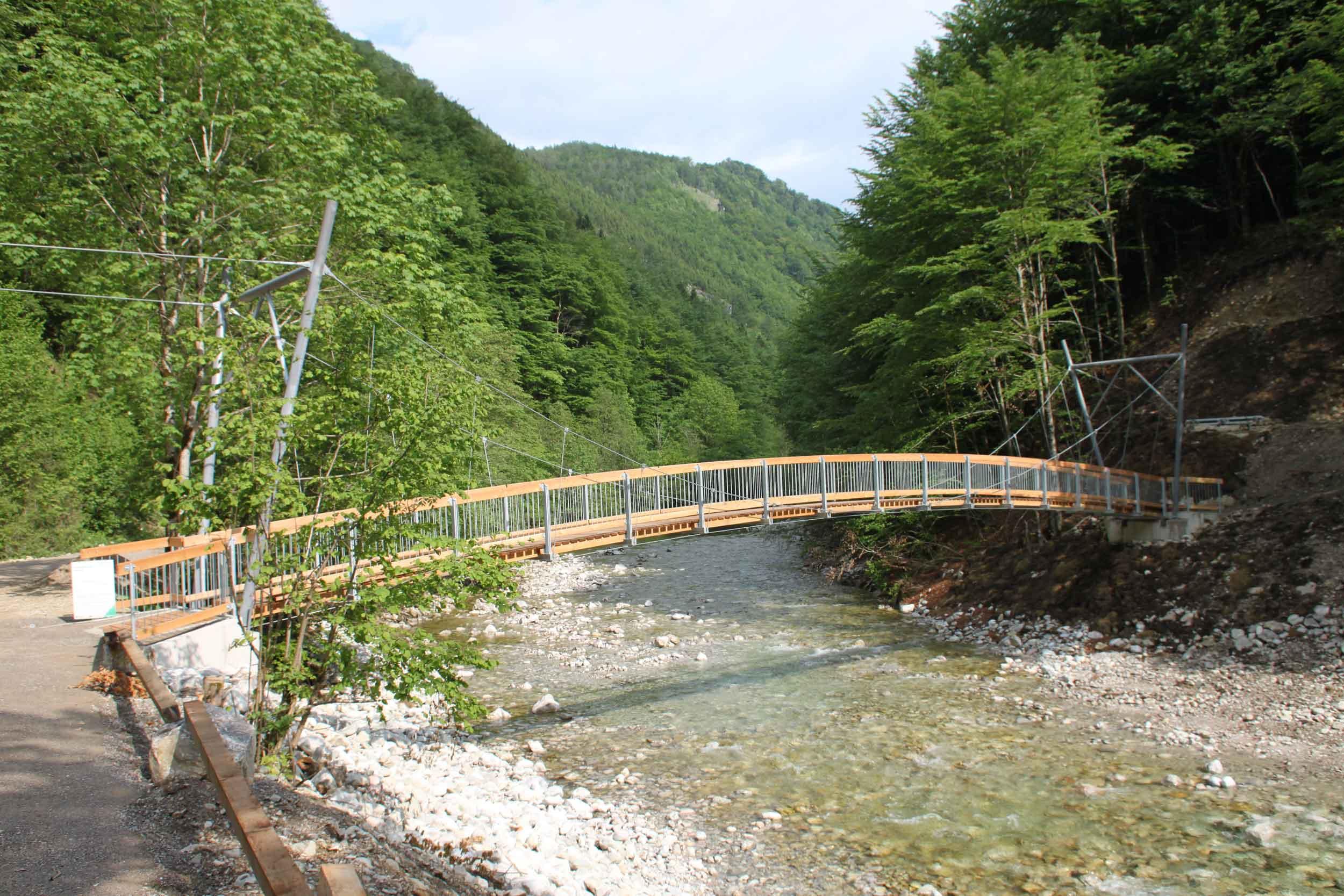 Brückenbau - Seilsteg Reichraming - Nationalpark Kalkalpen