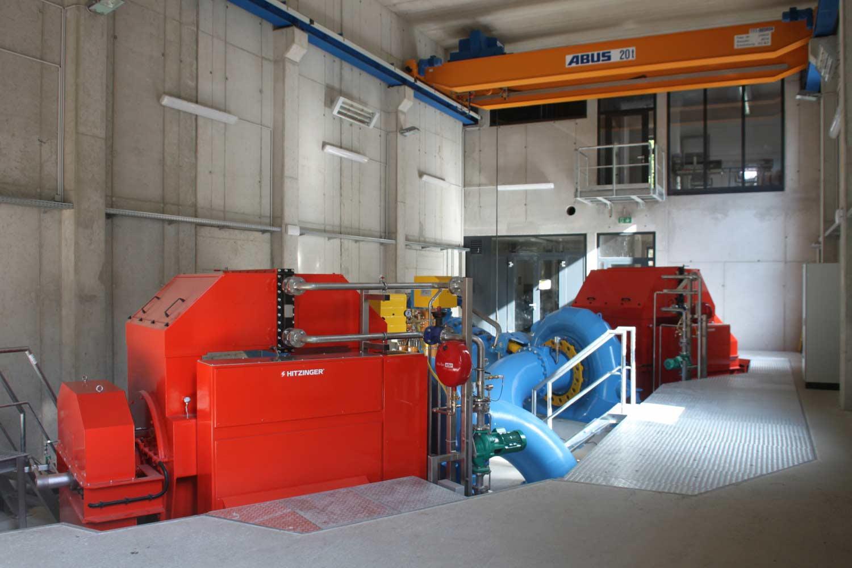 Krafthaus mit 2 Francis Turbinen